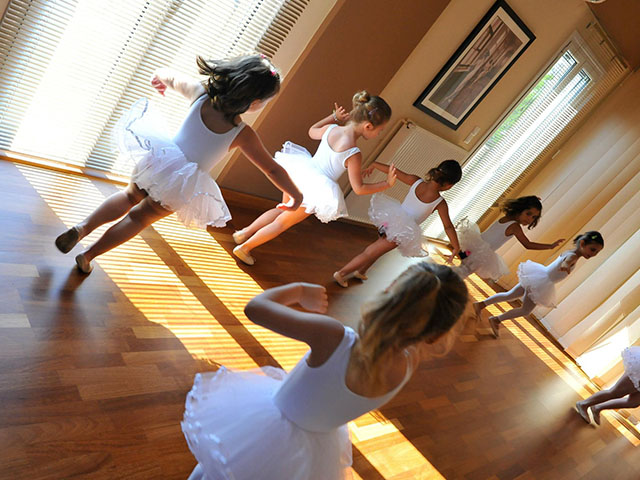 Σχολή Χορού Πύλου - Μπαλέτο Πύλος - Μάθημα
