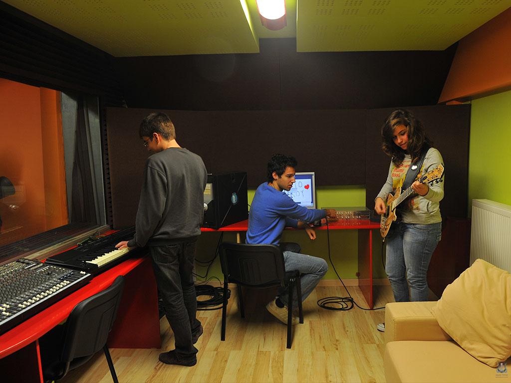 Ωδείο Πύλου - Τομέας Μουσικής Τεχνολογίας